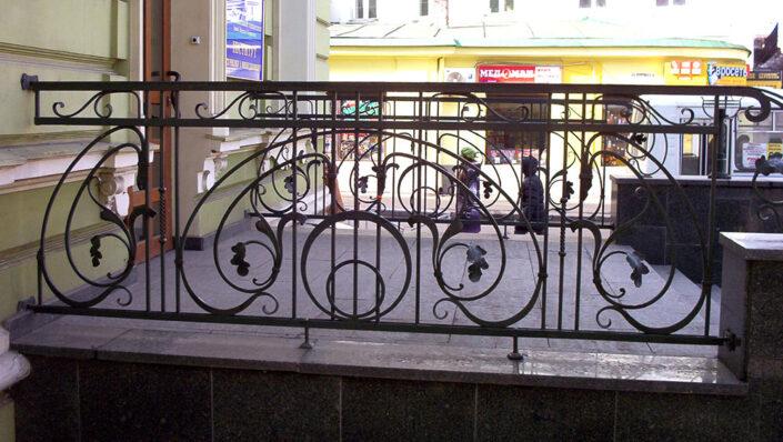 Кований балкон